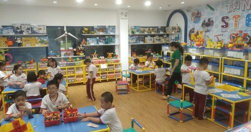 Lớp học sáng tạo STEAM tiểu học